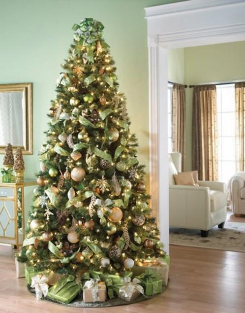 1323423565_christmas-tree2